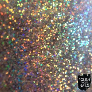 daily-hues-nail-lacquer-gold-glitter-holo-noelle-swatch-bottle-shot
