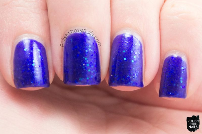 swatch, where bluebirds fly, blue, glitter, midwest lacquer, polish those nails, indie polish, nails, nail polish