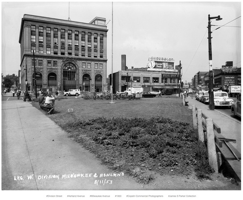 W. Division, Milwaukee and Ashland, 8/11/53 (grassy plaza with benches at sidewalk)