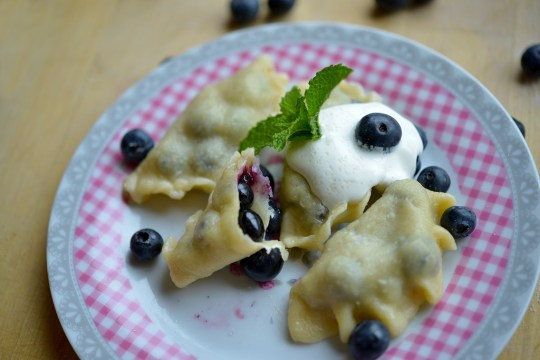 Easy to follow recipe for Polish pierogi, desert pierogie with blueberry. Polish summer dish