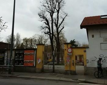 L'ingresso del parco Trotter in via Padova