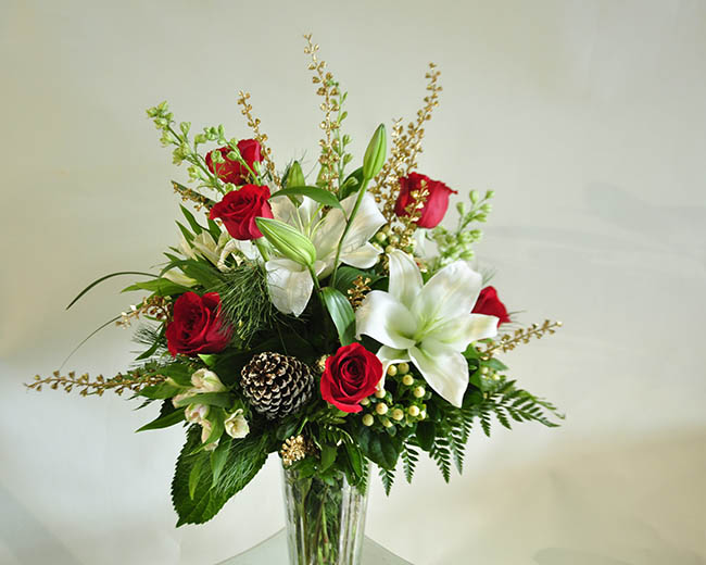 holiday water vase