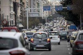 Ηλεκτροκίνηση για λίγους – Το υπουργείο Περιβάλλοντος τραβά την πρίζα των υψηλών προσδοκιών