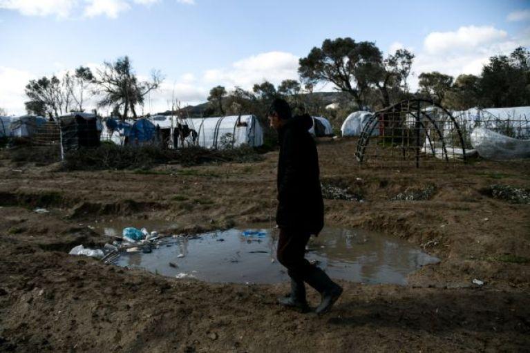 Χίος: Θετικός στον κοροναϊό 35χρονος στο ΚΥΤ της ΒΙΑΛ – Σε καραντίνα ο καταυλισμός