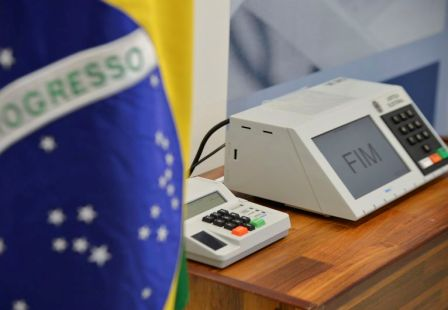 Bugiganga, Chibata e Sorvetão disputam cargos eleitorais na Paraíba