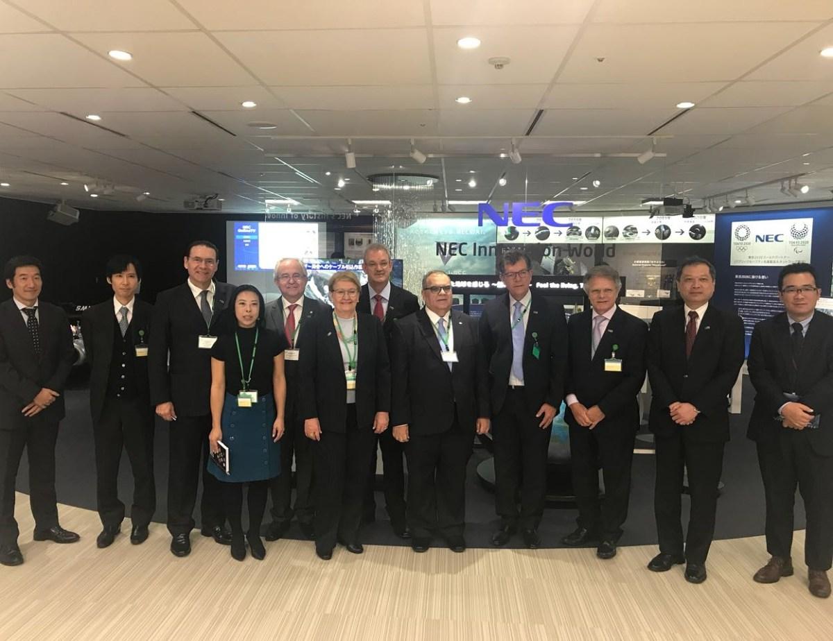 No Japão, Rômulo tem encontro com ministro e empresários