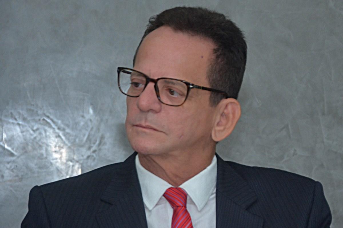 Presidente da Câmara de JP opina sobre disputa pelo governo do estado