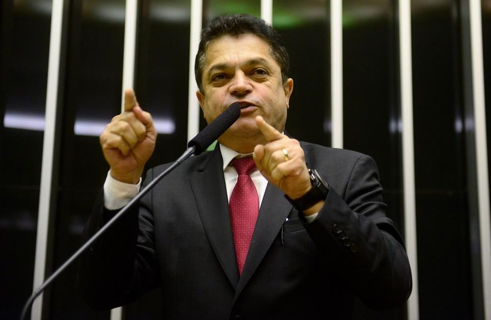 Deputado preso integra comissão que prepara novo Código de Processo Penal