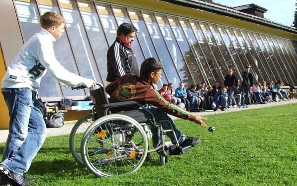 Trecentomila alunni con disabilità confinati in casa per il Coronavirus
