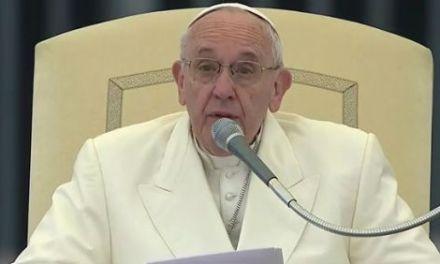"""Papa Francesco: sogno un'""""Europa comunità"""", solidale, amica delle persone"""