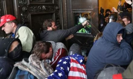 La crisi negli USA dopo l'occupazione del Campidoglio – di Osvaldo Pesce