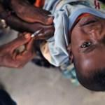 I no- vax e il vaccino agli africani. La proposta dell'immunologo Minelli