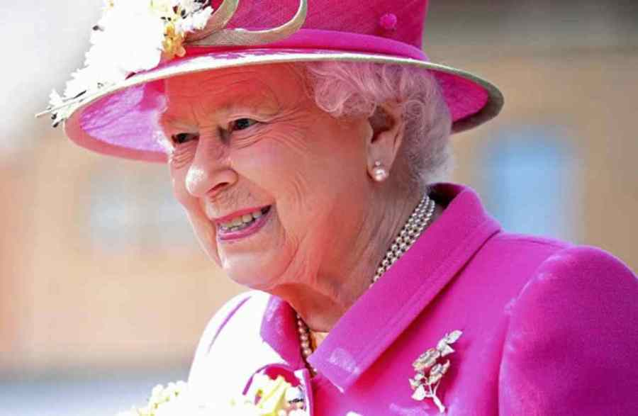 regina-passione-political24
