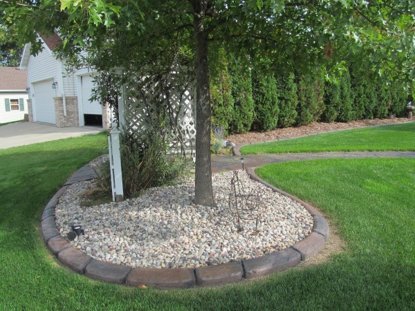 decorative landscape curbing ideas