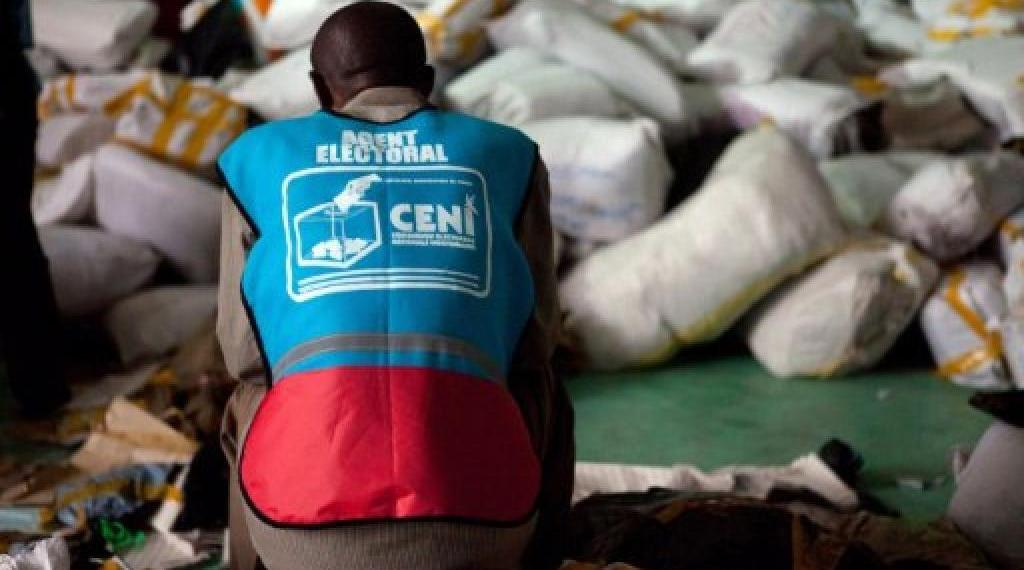 Le vol des kits électoraux, 1600 000 noms d'électeurs morts…9 raisons pour réviser le fichier électoral, selon la CENI