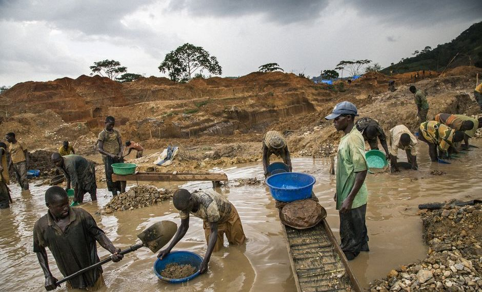 Quand le Burundi, le Rwanda et l'Ouganda pillent l'or congolais en complicité avec des groupes armées et les FARDC