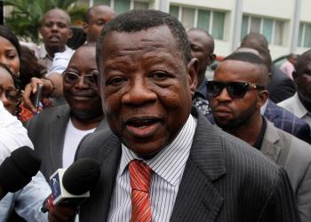 Lambert Mende: «rien ne bloque le rapatriement du corps de Tshisekedi à Kinshasa «