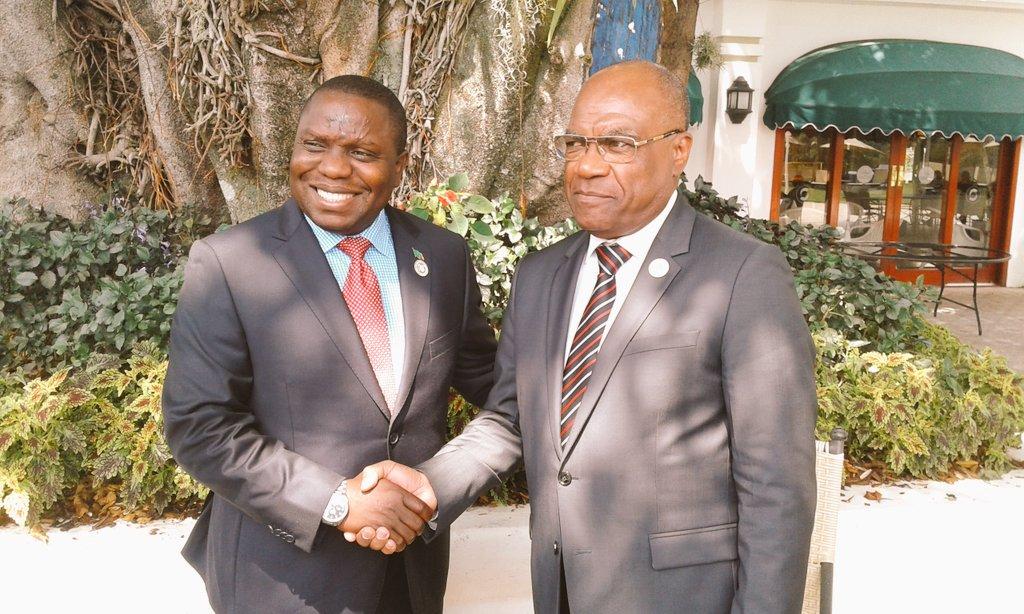 """La SADC demande à l'opposition de soumettre """"expeditivement"""" les noms des candidats Premier ministre au président Kabila"""