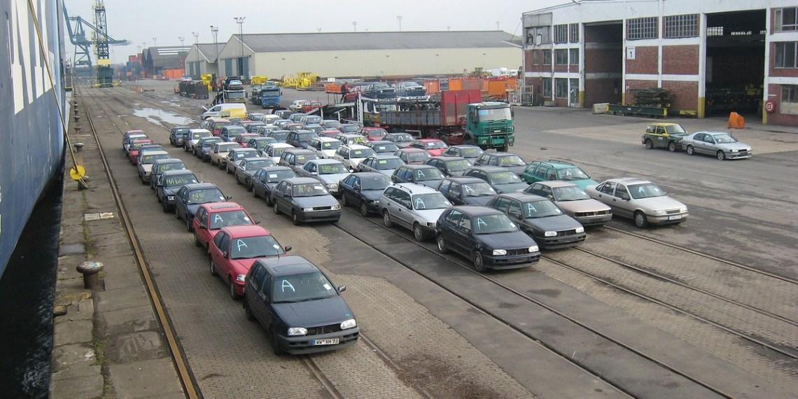 Le gouvernement autorise l'importation des véhicules de plus de 20 ans