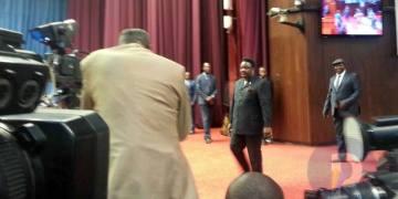 Joseph Olenghankoy appelle Félix Tshisekedi à signer l'arrangement particulier