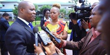 Sud-Kivu: les anciens membres de l'exécutif provincial sommés de restituer les véhicules de fonction