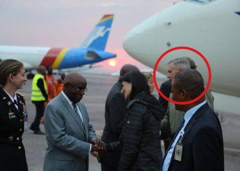 Etonnante présence du général américain Thomas Waldhauser à Kinshasa
