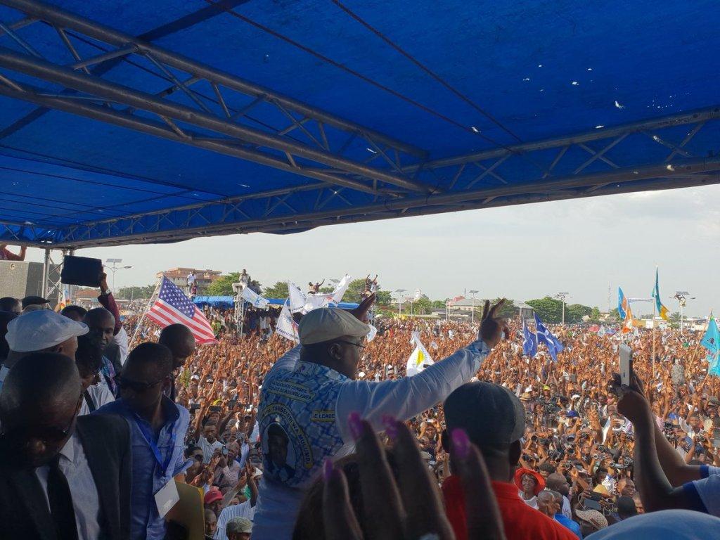 Funérailles de Tshisekedi: Félix Tshisekedi défend l'accord et tacle Tshibala