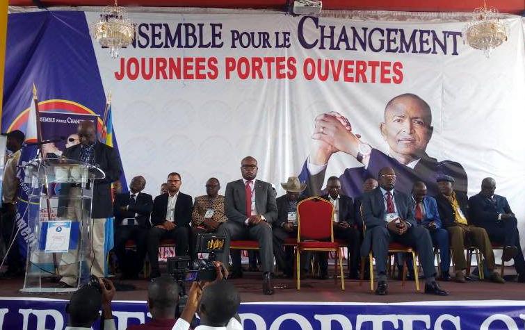 Ensemble sur les pas de l'UDPS: un vrai casse-tête pour André Kimbuta