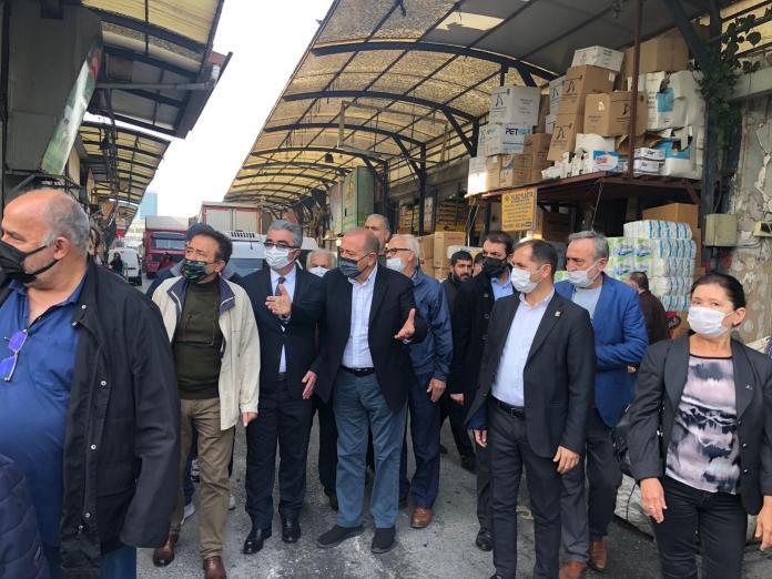 CHP'li Tekin, Rami Kuru Gıda Hali'ni ziyaret etti