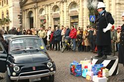 Befana del vigile 2006 - Portoni della Bra, incrocio con via Roma