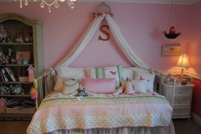 Inexpensive Bed canopy  The Polkadot Chair