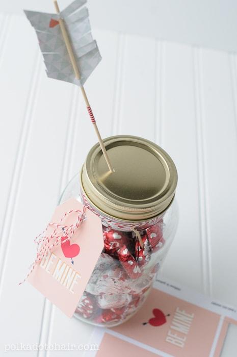 Jar Of Hearts A Valentine S Day Mason Jar Gift Idea