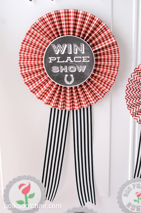 How to Make a Paper Prize Ribbon or Paper Rosettes