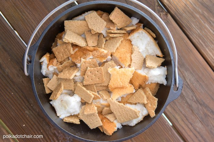 10 Minute Dutch Oven SMores Cake Recipe