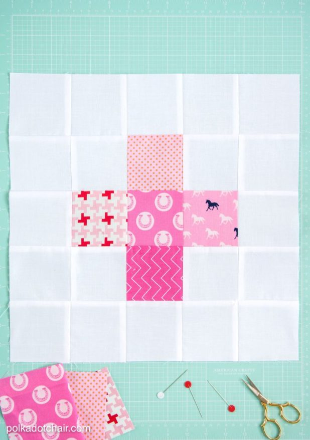 September Quilt Block of the Month: a tutorial for a Plus Block - join in the quilt along and make a quilt yourself in 12 easy steps. Just 1 block per month.