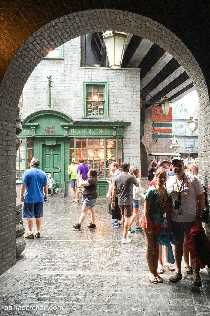 DIY Hogwarts Inspired House Notebooks Harry Potter Craft