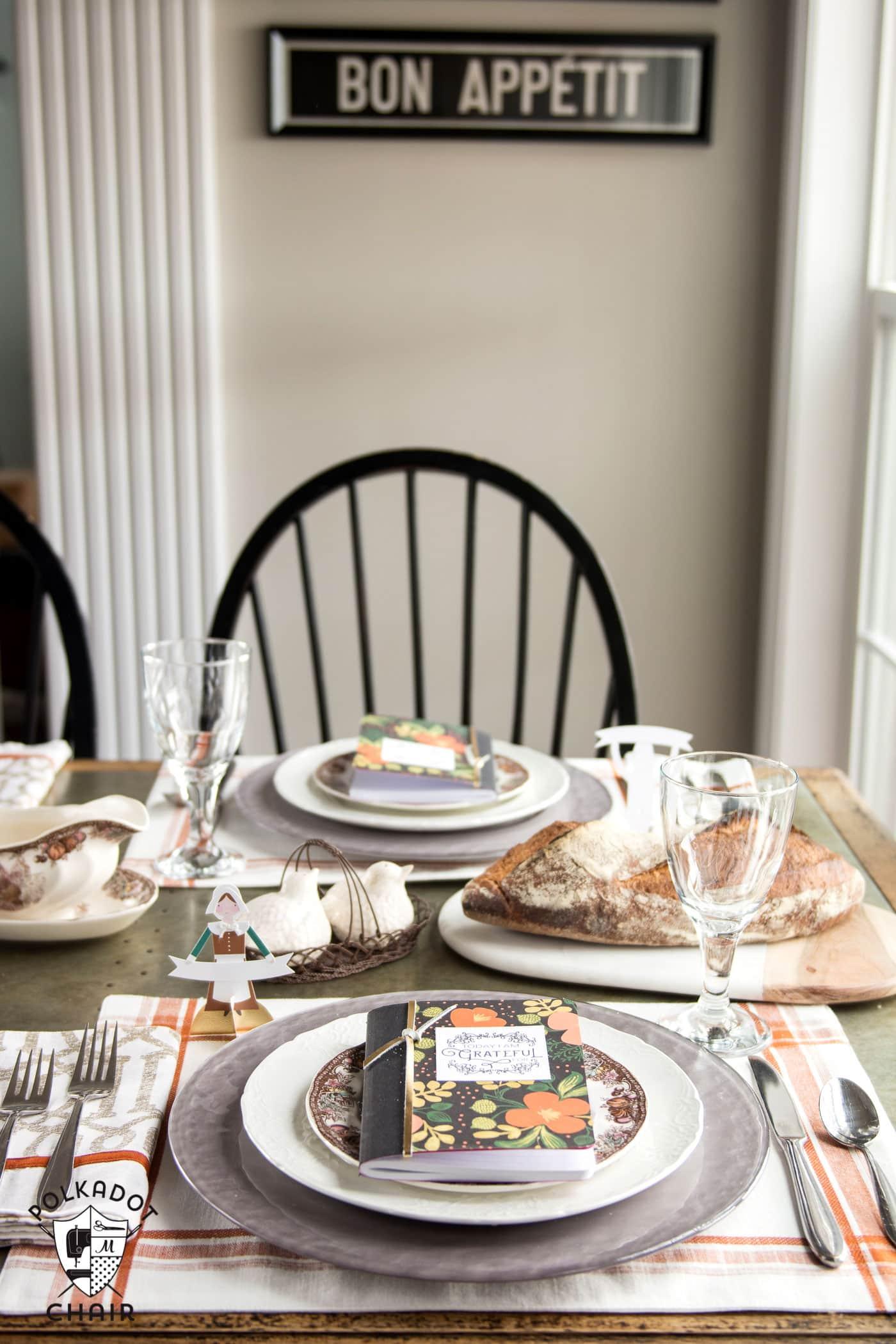 DIY Thanksgiving Gratitude Journal  Free Printable