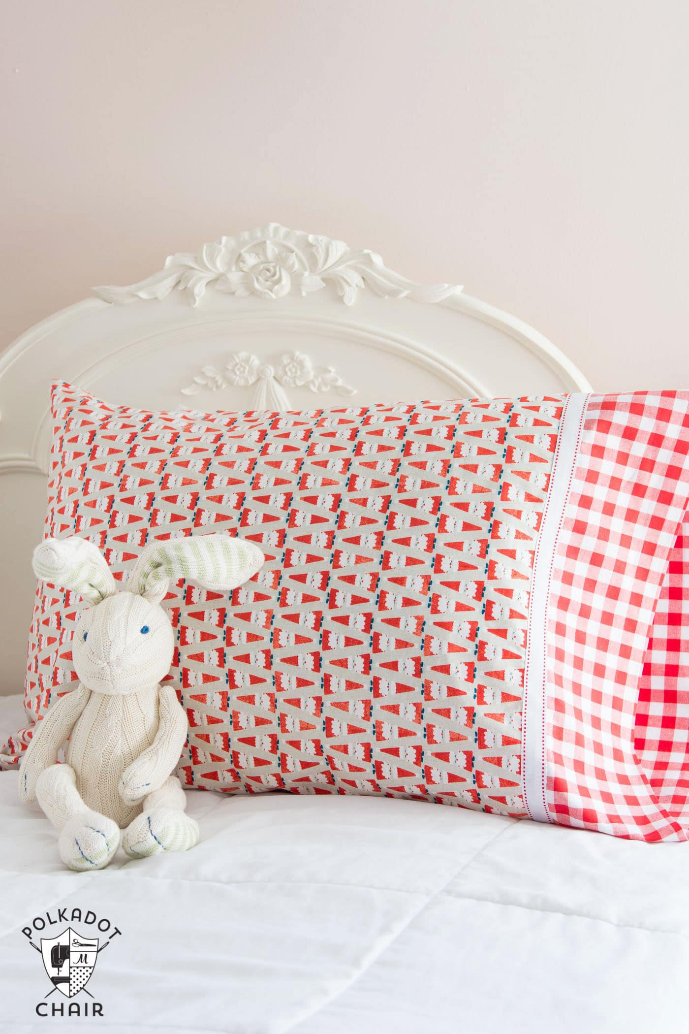 A quick and easy way to sew a pillowcase  The Polka Dot Chair