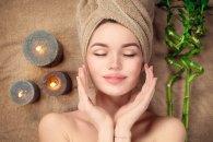 Masaż kosmetyczny twarzy - jak go wykonywać i dlaczego jest tak istotny?