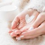 pękająca i sucha skóra dłoni