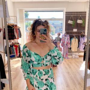 Coordinato Margot con fiori verdi