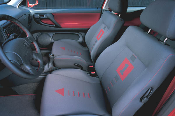 1998 Volkswagen Polo GTI interior