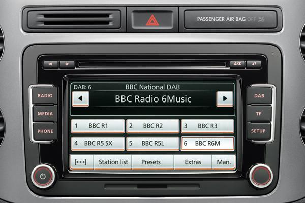 2013 Volkswagen DAB RCD 510 radio system