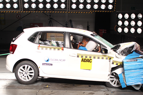 2014 Volkswagen Polo (India): Global NCAP crash test – airbags
