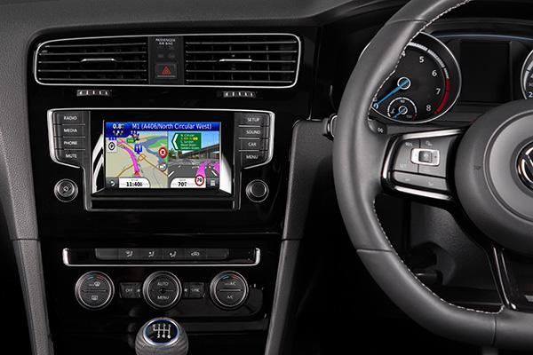 2015 Volkswagen UK Kenwood Electronics satellite navigation accessory upgrade