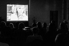 Projekcja filmu Ida w polskim klubie filmowym