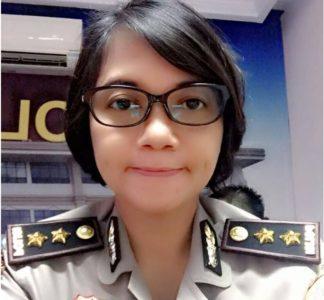 Wow… Polwan Cantik ini Rela Tinggalkan Gaji Besar Hanya untuk Mengabdi di Kepolisian