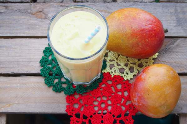 Pyszne, orzeźwiające mango lassi