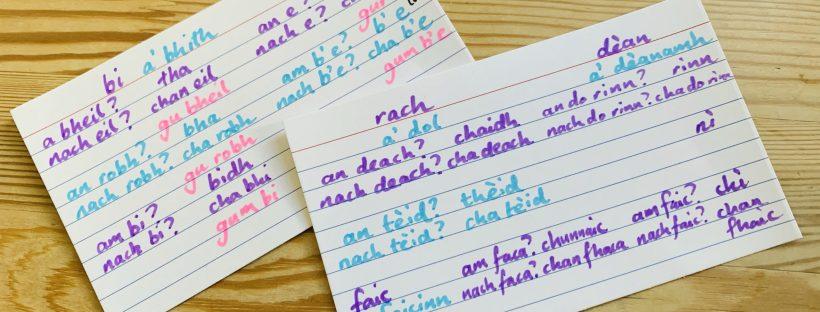 Scottish Gaelic flash cards with irregular verb paradigms