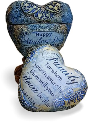 Tejae Floyde creates a heart-inside-heart on PolymerClayDaily.com